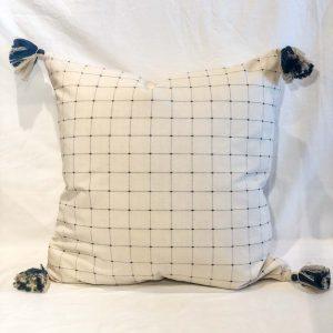 Cadre Pillow 24×24